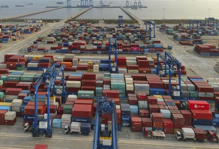 Exports grow by 52.4% to hit 7.7 billion US Dollars in first week of June