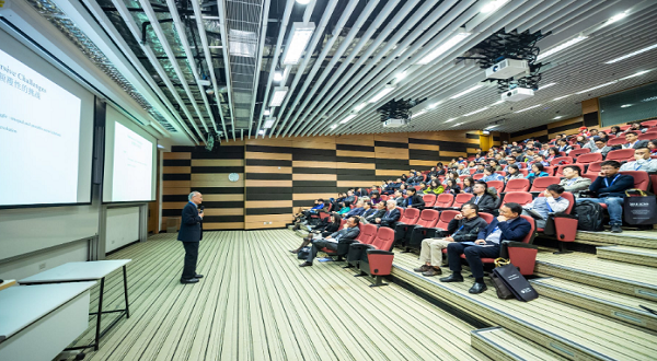 Top Reasons Why You Should Invite an Inspirational Speaker to Your Company Gathering